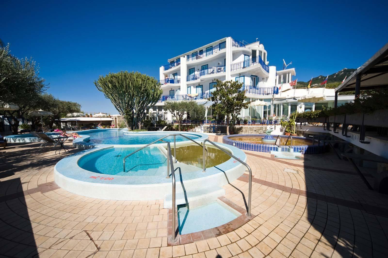 Hotel con piscina forio ischia il gattopardo terme e beauty farm - Hotel a castrocaro terme con piscina ...